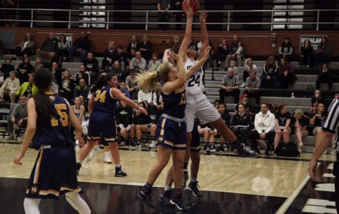 Lady Rams Lash On Lakers