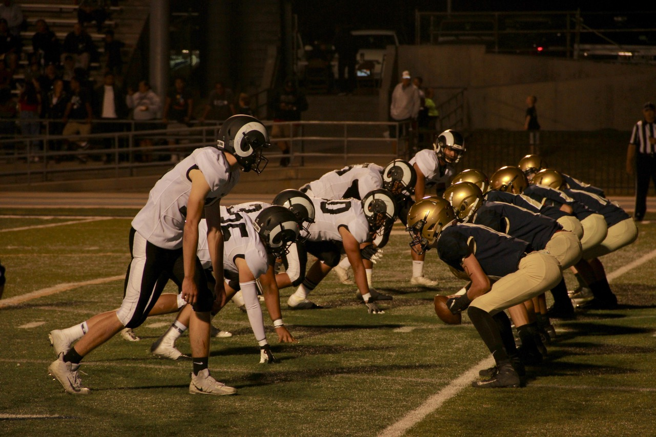 Highland Rams line up to defend against Skyline.