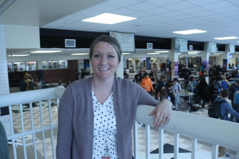 Parkinson oversees students during lunch.